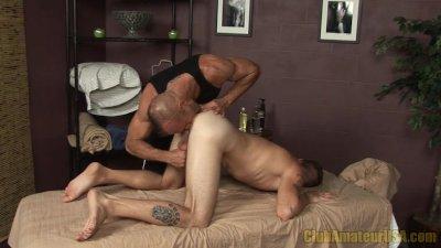 Oral Massage At ClubAmateurUSA
