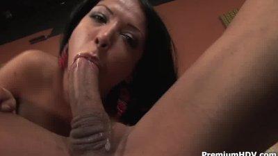 Pornstar Maya Gates throat fucked