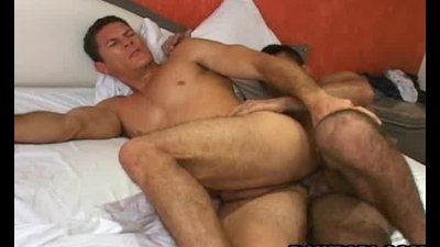 Papi Gay Barebacking Action With Cumshot