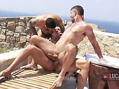 Muscle Jocks Fuck on the Beach After Working Out
