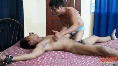 Tickling Hermis