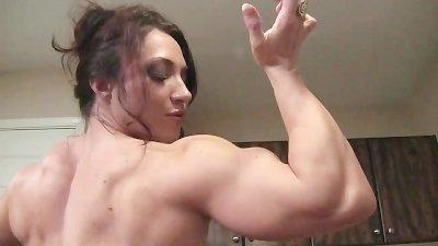 BrandiMae Flexes and Fucks Herself