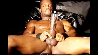 Pumping Black Dick