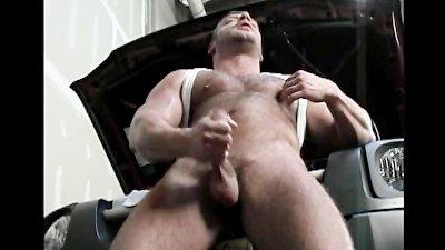 Erotic Bear Jack Off
