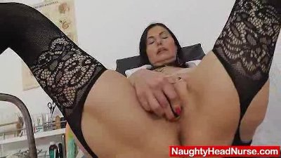 Good looking grandma unshaven piss hole opening