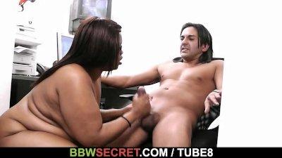 Lovely black plumper pleases her new boss
