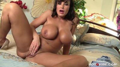 Lisa Ann Needs a Man in The Bedroom.