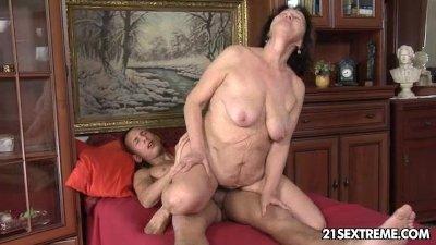 porno-sayt-babus-foto
