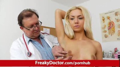Tiny Victoria Puppy pussy pumping therapy