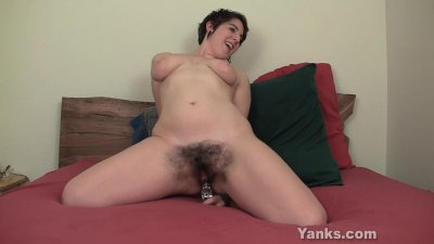 Chesty Amber Toying Her Hairy Beaver