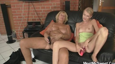 My GF and my mom play with dildos