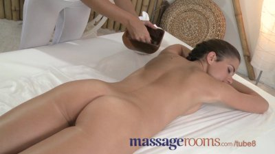 Massage Rooms Lesbian models have their perfect bodies oiled and fingered