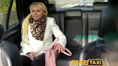 FakeTaxi Hot blonde sucks cabb