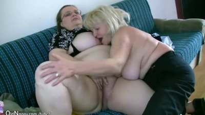 OldNanny Msture with big boobs masturbate with chubby Granny together