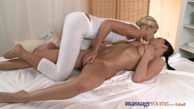 Massage Rooms Lesbian babe with heavy breasts has intense clitoral orgasm