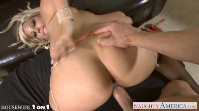 Blonde housewife Bridgette B. gets nailed in POV