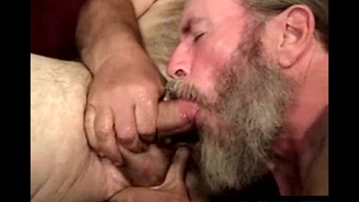 Poor disgusting redneck sucks cock