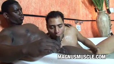 Hunter Corbin: Muscular Black Ass On White Cock