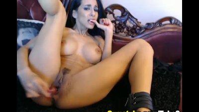 Nice Ass Babe Reaches an Intense Orgasm