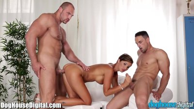 DogHouse BiSexual MMF Anal Sex and Blowing