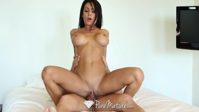 HD PureMature - Mature Jessica Jaymes with pierced clit gets fucked