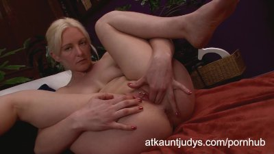 Skye Daniels uses her fingers to get off