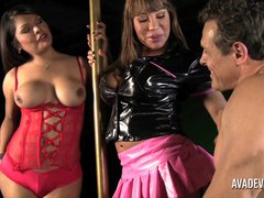 Ava Devine in Shemale threesome with Carmen Jay