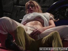 Wicked   Keira Nicole gets pounded by Peter Pan