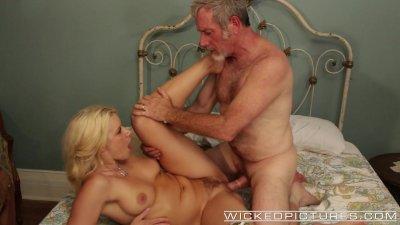 Wicked - Anikka Albrite fucks older man