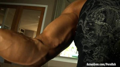 Sexy muscle control and tight wet pussy playing