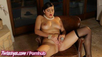 Twistys - Hot treat Valentina Nappi