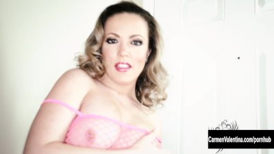 Carmen Valentina Has the PERFECT ASS!