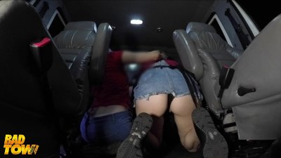 Bad Tow Truck - Teens make the best of the situation