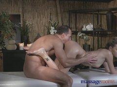 bokep foto bugil memek ngangkang Video - Massage Rooms Tattooed stunner has beautiful shaved hole filled with cock hot mesum