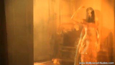 Bollywood Princess Dancing
