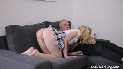 Old Goes Young - Sexy Helena blows old goes young