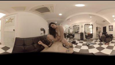 VR Blowjob in 360! Special Hairdresser