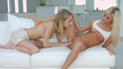 Goldi and Candee Licious on Sapphic Erotica in lesbian sex scene