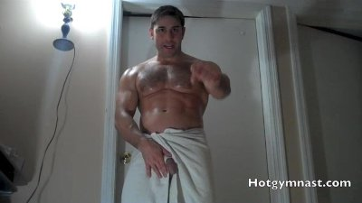 Straight Muscle Verbal assault and cumshot!