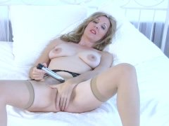 Camilla Long in amazing solo orgasm