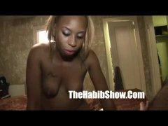 18 yr Asian mixed black pussy lip sucking nut sperm