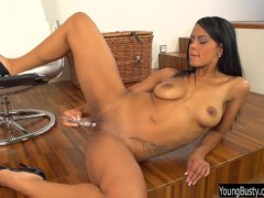 Busty young Isabella fuck glass dildo