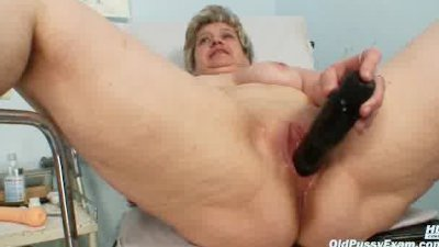 Mature old pussy gyno speculum