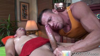 Juicy Lucas Prostate Squeeze 5