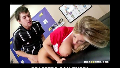 BIG TIT YOUNG BLONDE FUCKS COACH IN THE CHANGING ROOM