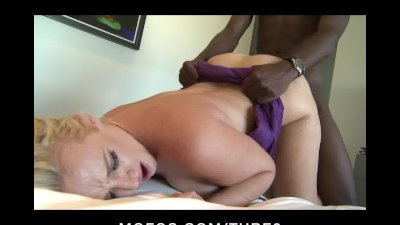 BIG TIT ASS DIRTY BLONDE MILF FUCKS BIG BLACK DICK DEEP IN HEELS