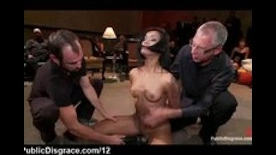 Skin Diamond groped and vibed in public