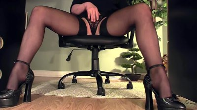 Leggy secretary under desk mas