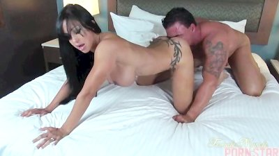 Jewels Jade Fucks Her Man
