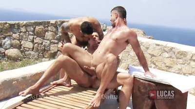 gay men double penatrate man